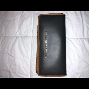 Dooney Wallet, great used condition